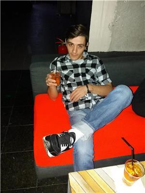 Escorte Ieftine: Mariano ESCORT versatil 29 ani